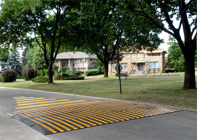 traffic calming rubber speed table